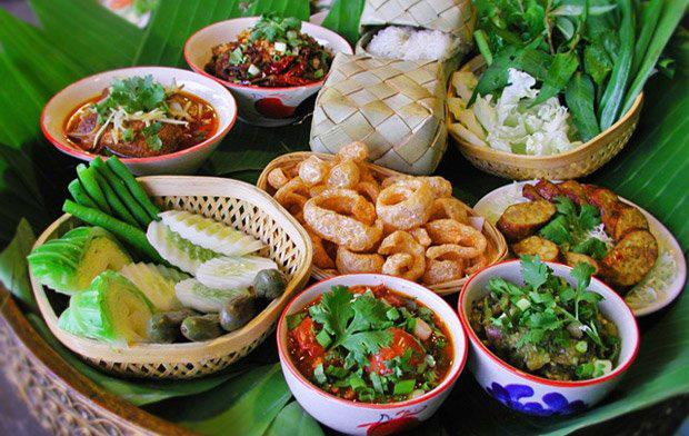 บริโภคอาหารไทย